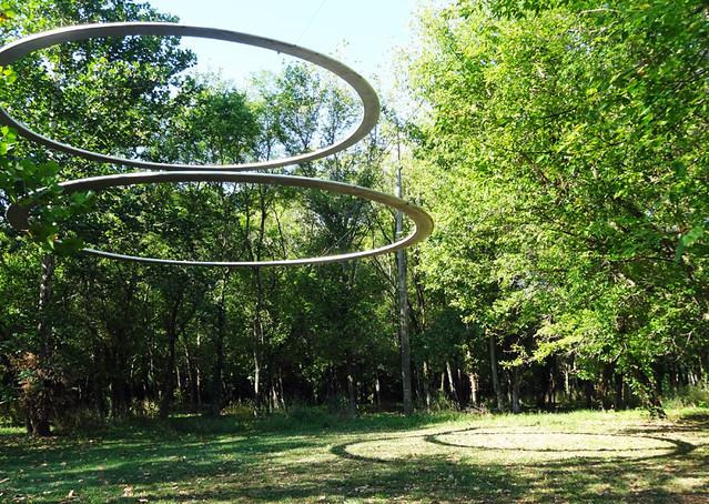 align-sculpture