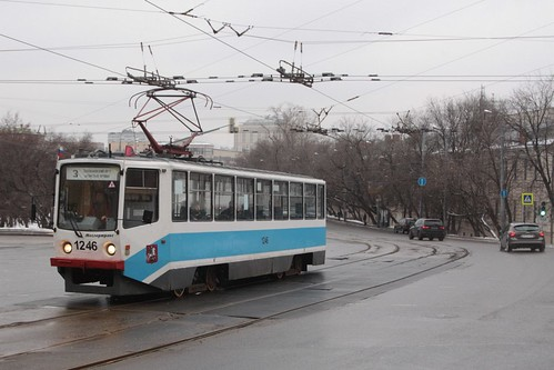 Moscow tram #1246 on route 3 crosses Solyanka ulitsa on Ustyinskiy proyezd