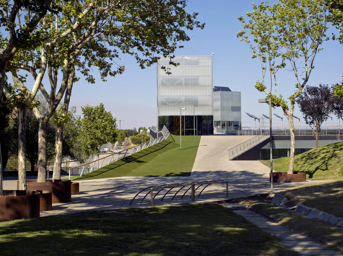 Playa Mayor Services Building design by UAM  MTM Arquitectos