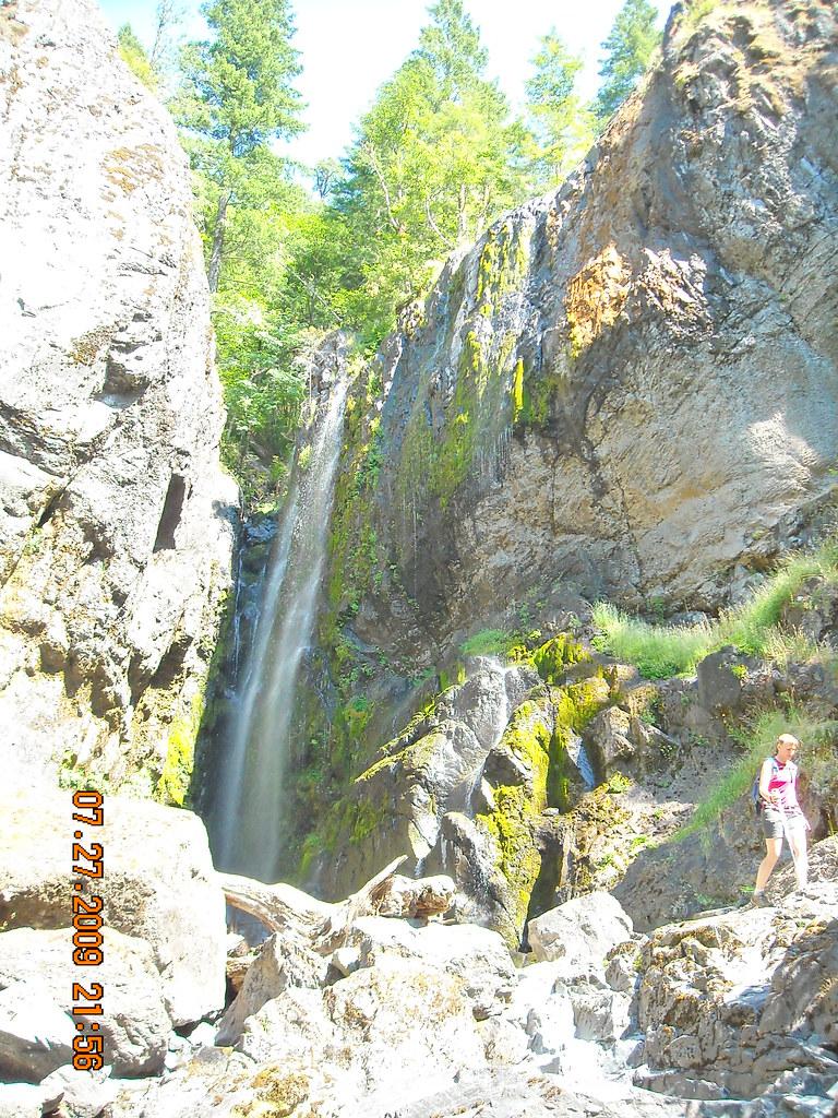 Henline Falls