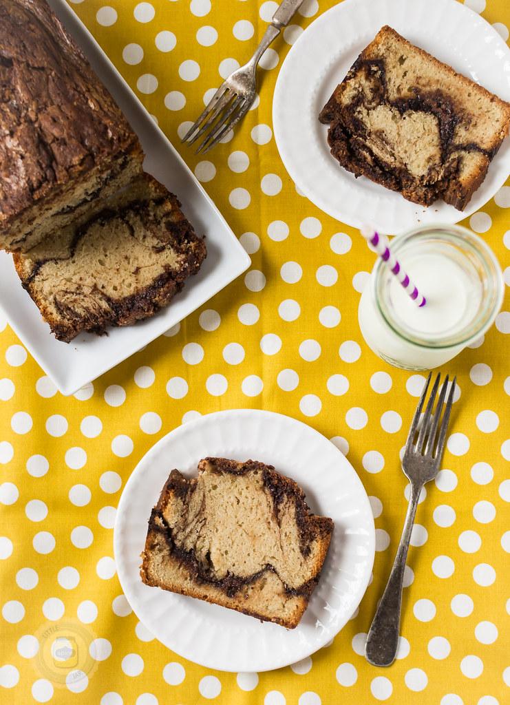 Vanilla Pound Cake with Nutella Swirl Spread 4