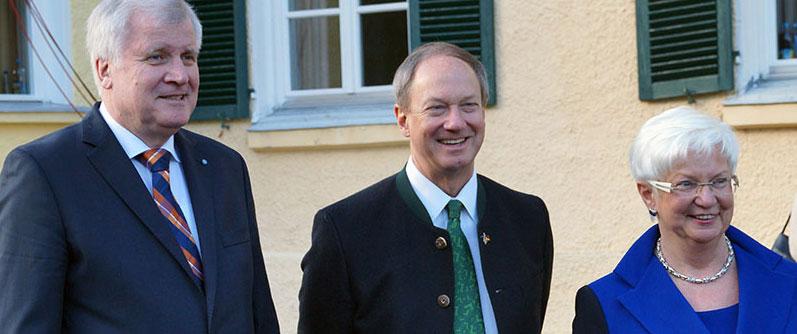Minister-President Horst Seehofer, Ambassador Emerson and Gerda Hasselfeldt