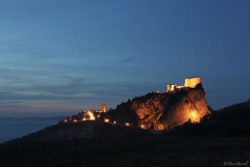 sunset castle tramonto rimini bluehour castello medievale cagliostro emiliaromagna fortezza sanleo orablu miedieval