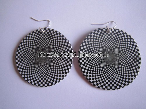 Handmade Jewelry - Cardboard Disk  Earrings (4) by fah2305