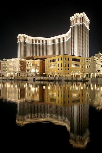 澳門威尼斯人度假村酒店夜景,來源:維基百科