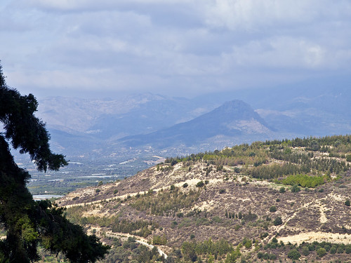 sky mountains travelling clouds landscape reisen day cloudy kreta himmel wolken berge greece crete hazy griechenland landschaft dunstig agiosioannis olympuse5 schreibtnix
