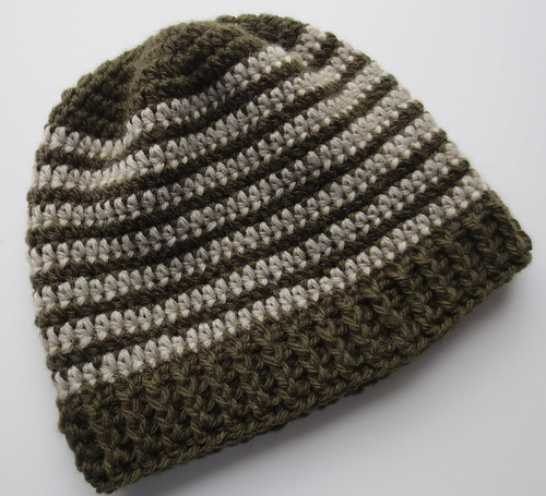Crocheted Ribbed 2-Tone Wool Hat