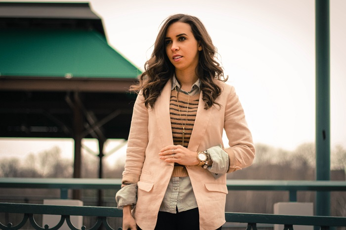 va darling. dc blogger. virginia personal style blogger. casual outfit. linen blush blazer. black pants. heeled booties. cropped striped sweater layered over chambray. 4
