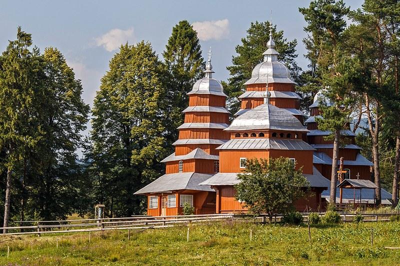 Деревянные церкви карпатского региона Украины
