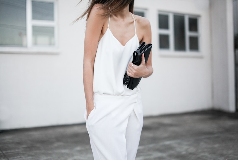 modern legacy blog Camilla Marc Zoya Cami all white Nicholas foldover ankle zip pants slide sandals pool Alexander Wang Prisma Envelope crossbody bag outfit street style blogger Australia (7 of 9)