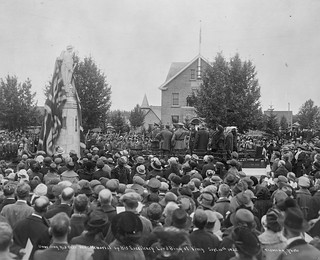 Unveiling the Red Deer War Memorial