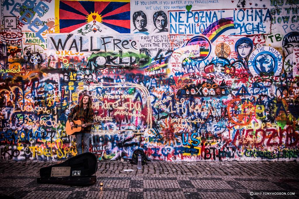 Muro di John Lennon a Praga