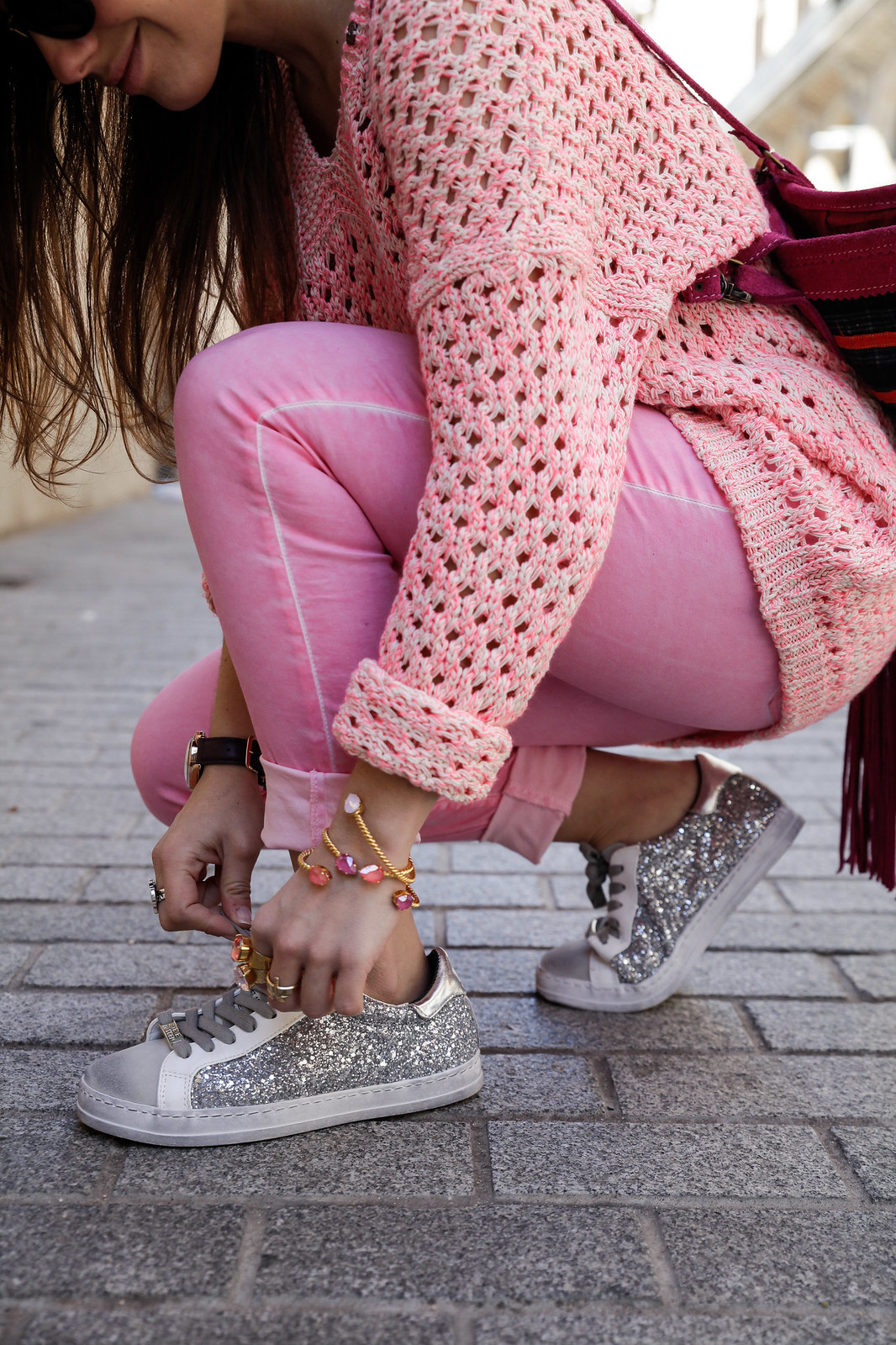 016_pink_look_with_rüga_streetsyle_barcelona_influencer_theguestgirl_spain