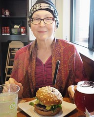 Today's post-chemo burger... #cancersucks👎 #chemo #portraitphotography #portrait #olympus #em10markii #20mm #burger