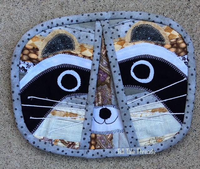 Scrappy Selvedge Potholders - Raccoon