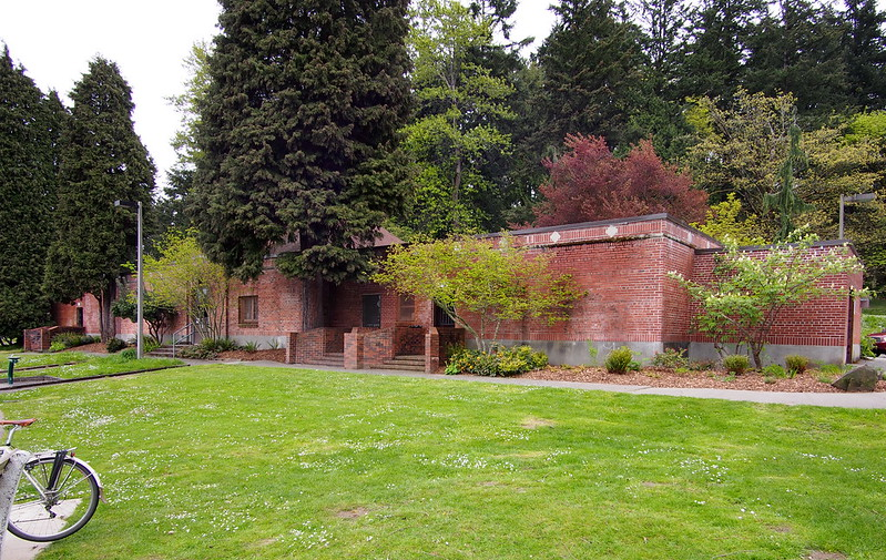 Seward Park Learning Center
