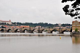 http://hojeconhecemos.blogspot.com.es/2013/07/do-ponte-carlos-praga-rep-checa.html