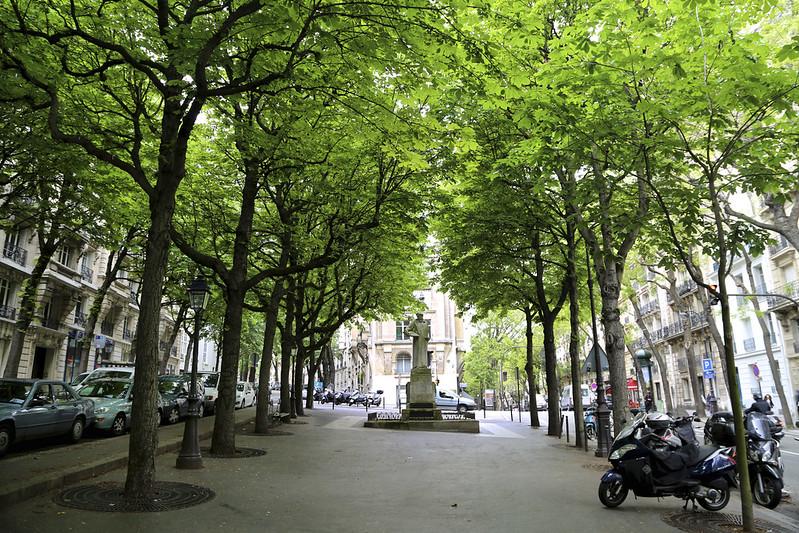 Square Joel Le Tac, Montmartre