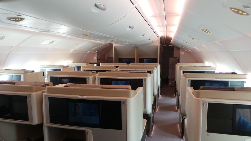 Airbus A380 Singapore Airlines business class cabin