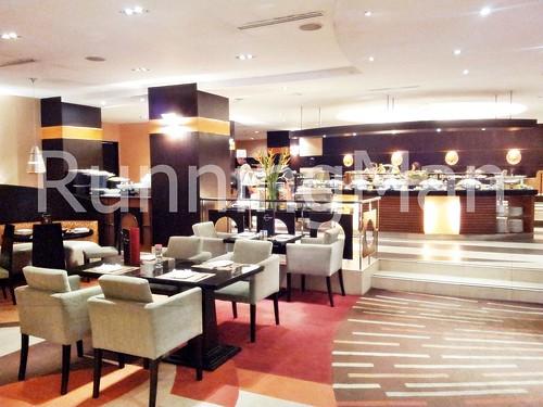 Traders Hotel 09 - Latitude Restaurant