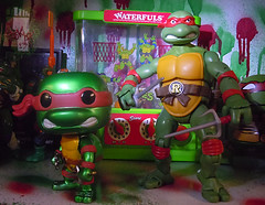 "FUNKO 'POP TELEVISION' :: TEENAGE MUTANT NINJA TURTLES - ""RAPHAEL"" #61 ;  Limited SDCC Exclusive Vynil Figure xi // ..'12 ""CLASSICS"" Raphael  (( 2012 ))"