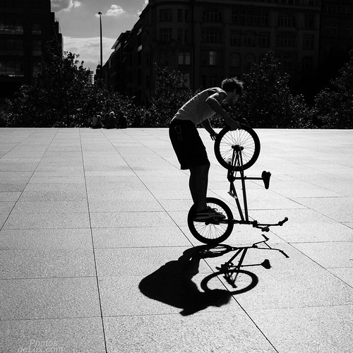 Shadow mirroring BMX - Fuji X100S