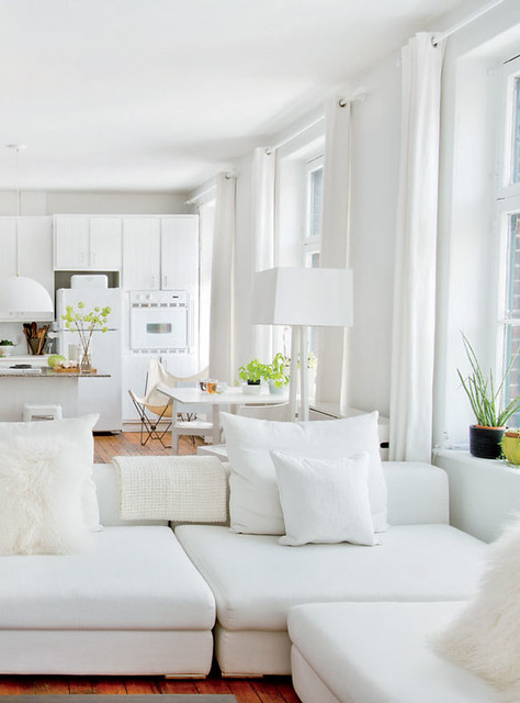 white decor natural light via Daily Dream Decor