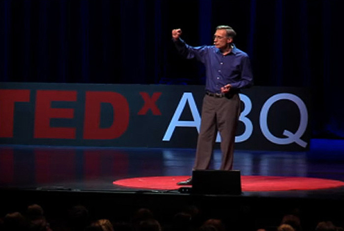 Lab Director focuses on STEM education at TEDxABQ