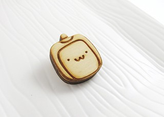Tofu Baby Wood Pin