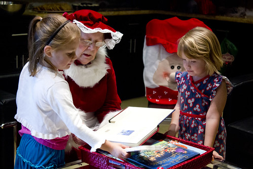 Mrs. Claus reading stories