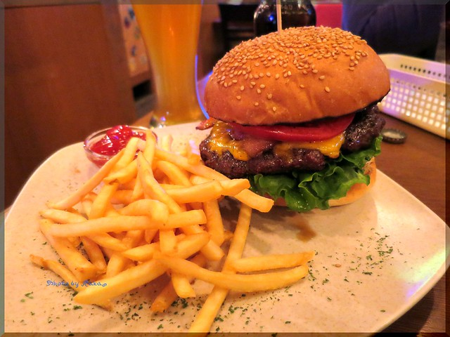 Photo:2013-11-28_ハンバーガーログブック_【東久留米】RENO'S BISTRO TOKYO クラフトビールとアメリカンなハンバーガーの楽しめる店-04 By:logtaka