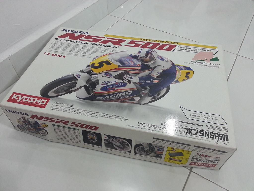 Babyboy's Kyosho Honda NSR 500 HOR 11972205646_e2f240fd1a_b