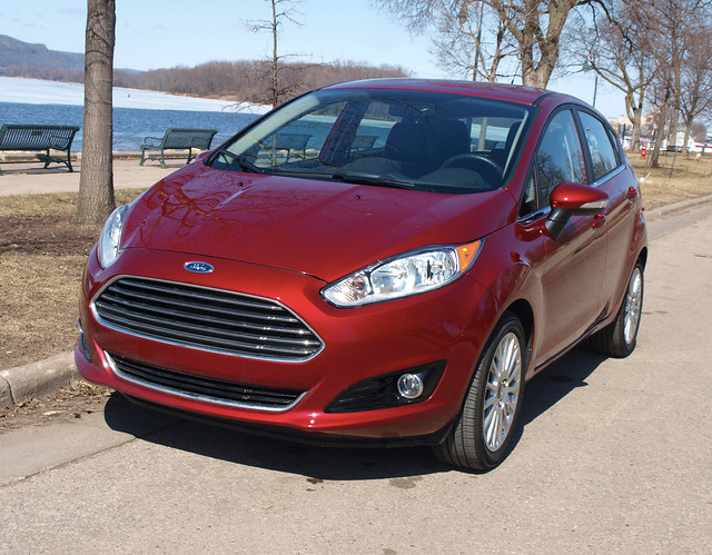 2014 Ford Fiesta Titanium 5-Door