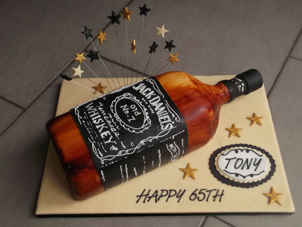 Jack Daniels Bottle Cake Rachel S Cakes Flickr