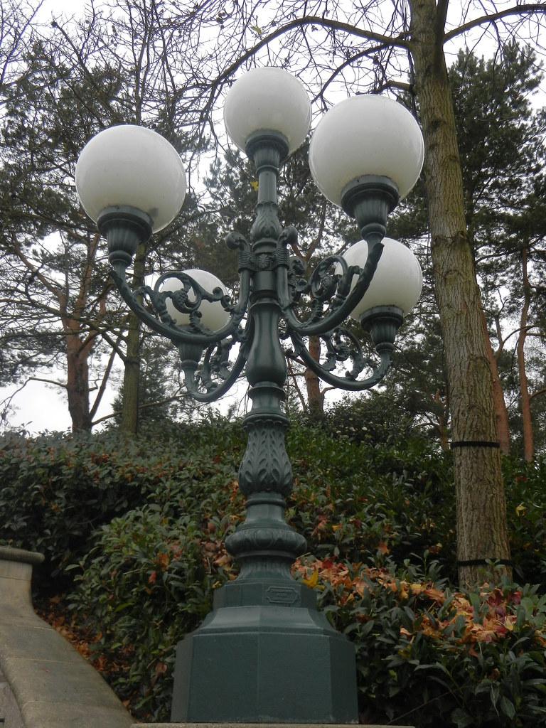 Un séjour pour la Noël à Disneyland et au Royaume d'Arendelle.... - Page 6 13879678995_2509f35b8d_b