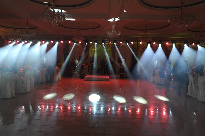 Лучшее световое шоу с лазерами и спецэффектами!