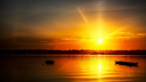 sunrise reflection water coast shore seascape landscape newport rhodeisland sky dawn goldenhour cpf