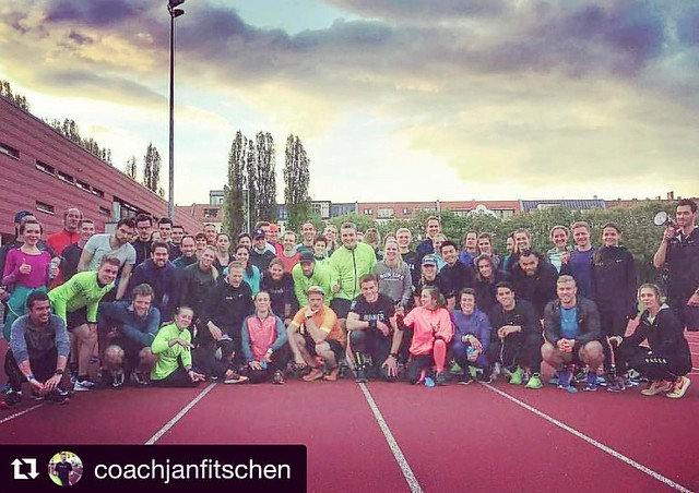 It was my first run in Berlin. The coaches, pacers, and fellow runners were cool. Super awesome! #repost from @coachjanfitschen Do you know what I see in this picture? I see a friend that I have not met for 20 years, I see the founder of the #werunfrankfu