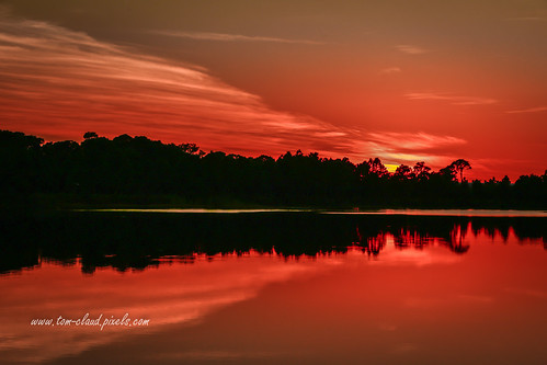 sun sunset sky orange cloud clouds cloudy lake pond nature mothernature landscape outdoors outside fortpierce florida usa water