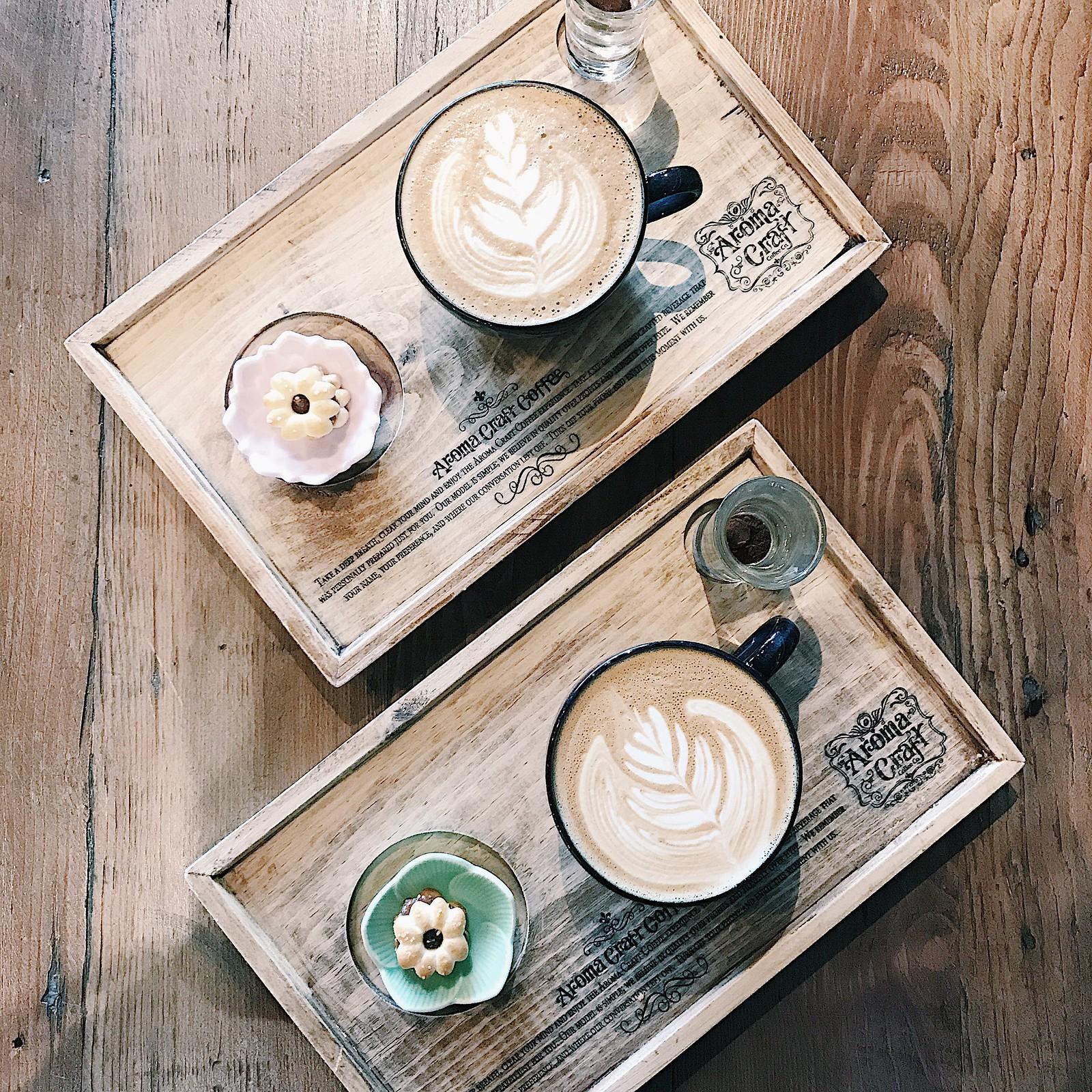 onthetable-flatlay-coffee-latte-coffeeart-latteart-coffeeshots-hipster-dineLA