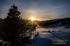 Easter sunrise 🌅 #eastersunday #sunriseservice #eaglesnest #sunrise #vaildaily #gorerange #vailvillage #lionshead #vail #vailcolorado #colorado #coloradophotography #lovetheoutdoors #mountainlife #travelmyusa #goodtimes #travel #winter #beautifuld