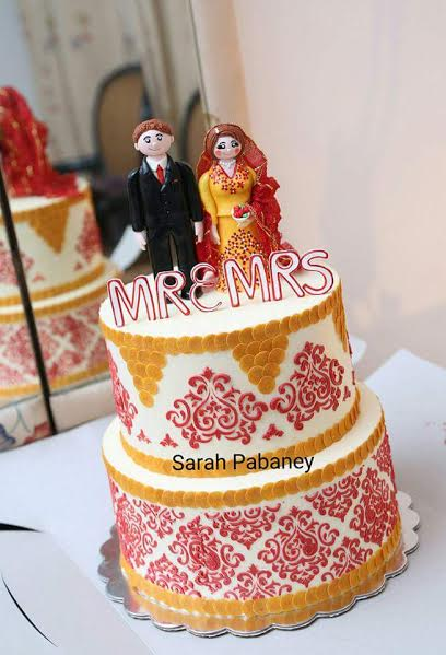 Wedding Cake by Sarah Pabaney