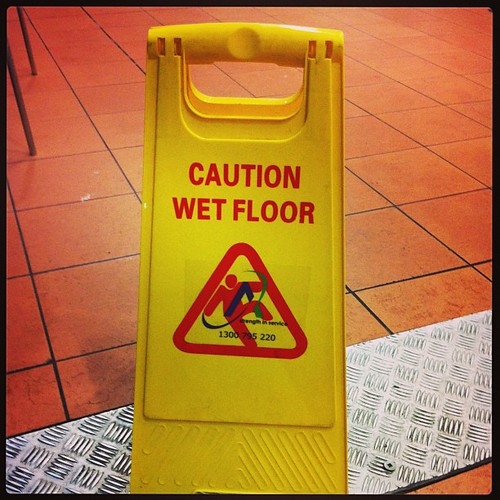 Caution! Portal floor cleaning in progress!