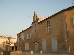 Nieul-sur-l'Autize, place de l'église