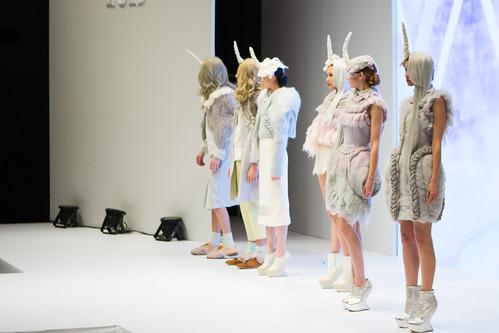 李璟希 LI King Hei, Lois: Steipnir in pastel: Collection / PolyU Fashion Show 2013 / SML.20130626.7D.43089