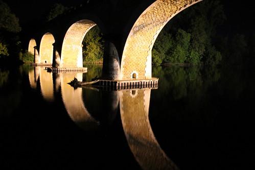 Le Pont de Fayrac (24) de nuit by montestier