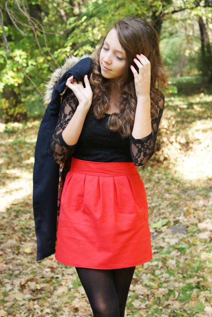 czerwona idealna spódnica wesele