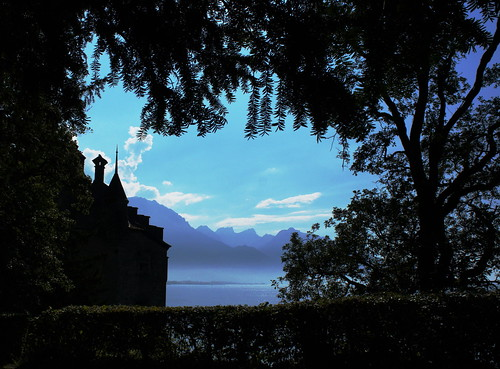 chillon castle by *manuworld*