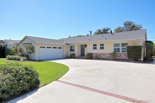 JUST LISTED!!! by Michele Steeber & Team