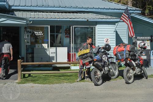store flag gasstation idaho motorcycle abbott avery yamahaxt250 hondacrf230l jesseabbott joelabbott scheffy'smotelandgeneralstore